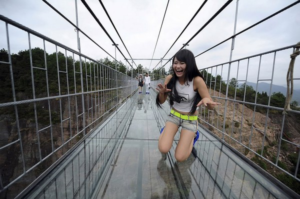 Why is China obsessed with building sky-high glass bridge